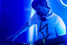 John Digweed and Tiger Stripes – Transitions Podcast 617 – 12-07-2016 – @DJJohnDigweed