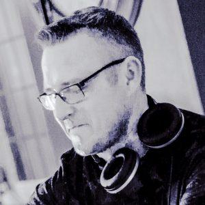 Deuce Techno Mix 2 (Jon Shelley) 31-07-3018